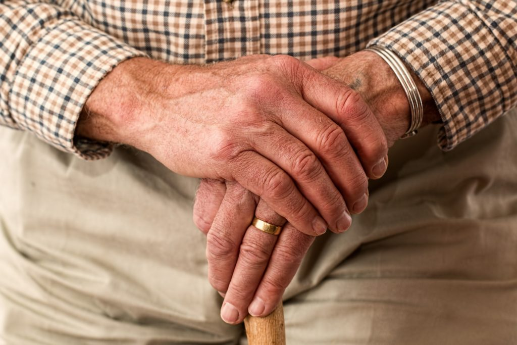 Your Guide to Choosing the Right Nursing Home for Your Loved Ones